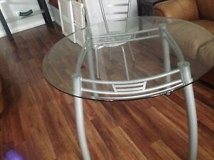 Glass table and 4 chairs Windsor Region Ontario image 1