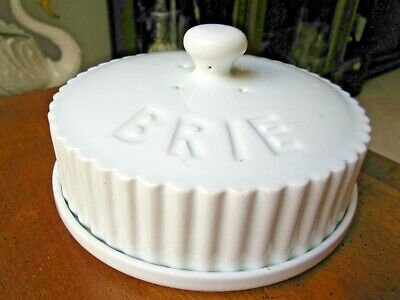 BRIE Baking Dish, White Porcelain  by Theshold