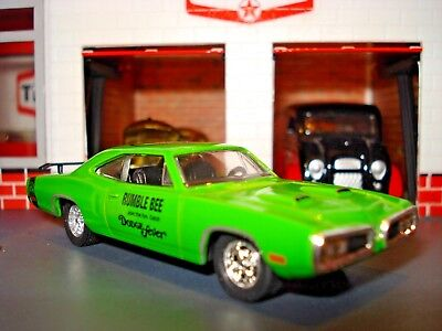 """1970 DODGE SUPERBEE R/T LIMITED EDITION 1/64 GREEN M2 """"DODGE BUMBLE BEE"""" DEALER"""