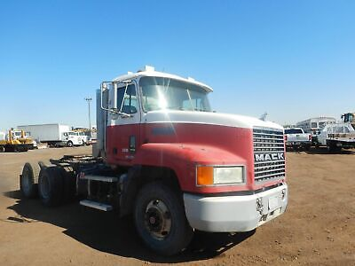 2000 Mack Ch613 Maxicruise 6x4 Day Cab Truck Tractor 2790