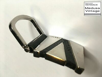 GIANNI VERSACE VINTAGE '90s METAL LEATHER INITIAL V KEY CHAIN SILVER BLACK ITALY