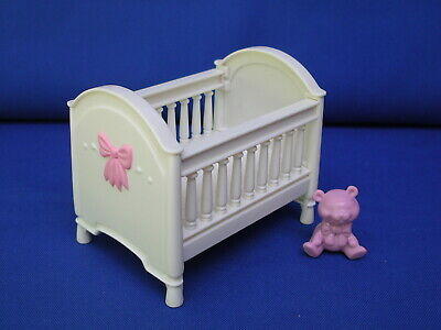 Fisher Price Loving Family Doll house Furniture Nursery Crib baby bed/bear Lot