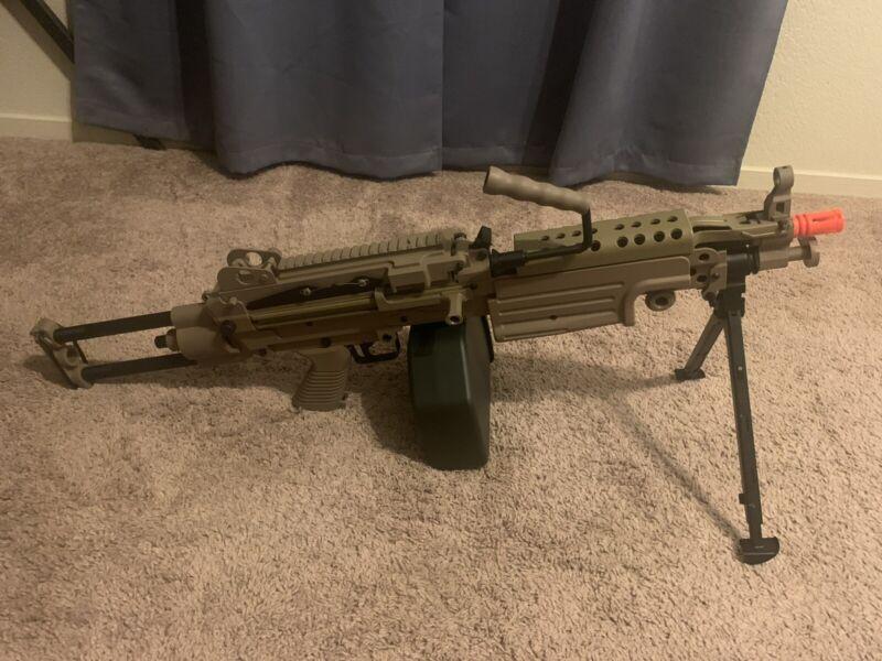 A&K Rapid Fire Airsoft Cybergun FN Licensed M249w/Metal Receiver Para/Dark Earth