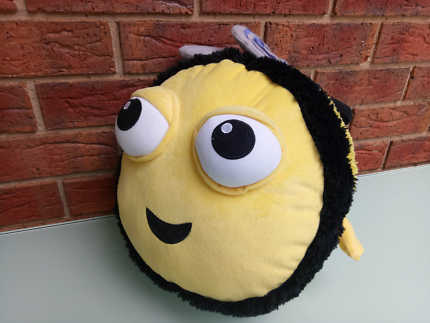 Buzzbee The Hive Jumbo Plush Toy