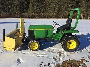 John Deere 855 compact tractor / snowblower