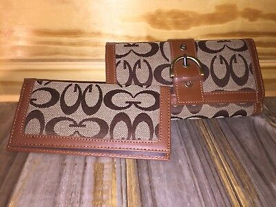 """Front Fold Wallet (Women's Tri-Fold Wallet W/Matching Check Book Cover Brown Jaquard """"G"""" On Front!)"""