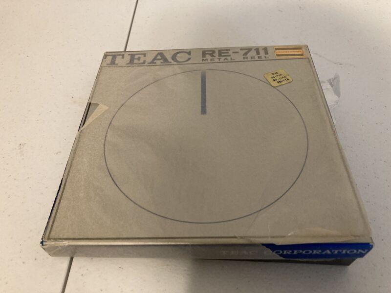 "Rare NOS Teac RE-711 7"" Metal White Empty Take Up Reel to Reel Original Box !!!!"