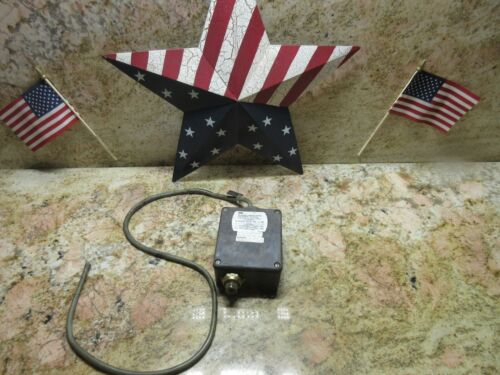 IMO BARKSDALE CONTROLS PRESSURE ACTUATED SWITCH B1T-H32