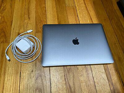 Apple MacBook Air (2018 13-inch Retina) 1.6 GHz i5 8GB RAM 128 GB Space Gray