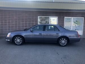 2007 Cadillac DTS 4.6 V8 fully loaded leather Seat