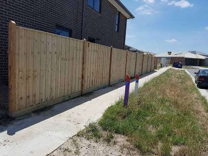 EXPERT FENCING - PAILING - COLOBOND SPECIALIST