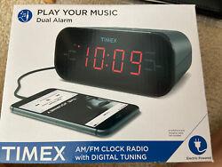 Timex T231G Dual Alarm AM/FM Clock Radio with Digital Tuning Line-In New In Box