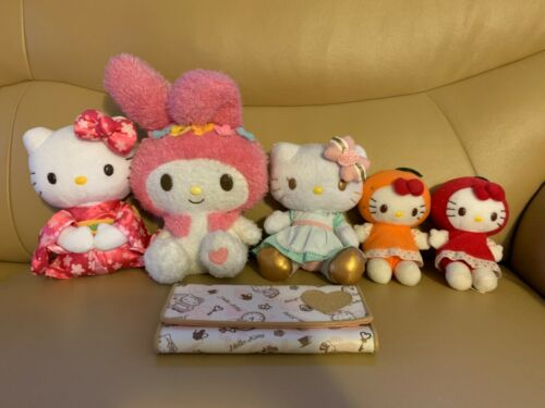 Hello Kitty Plush Set