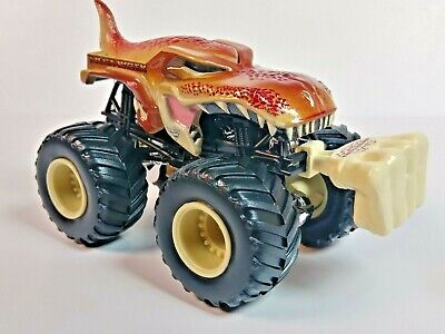 Hot Wheels MONSTER JAM 2015 MEGA WREX w/ Battle Slammer  1:64 Loose