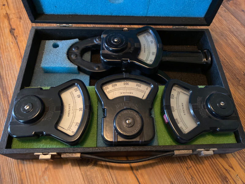 COLUMBIA ELECTRIC Mfg. TONG TEST METER in Case