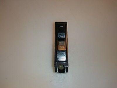 Square D Qo120 Circuit Breaker 1 Pole 20 Amp 120240v