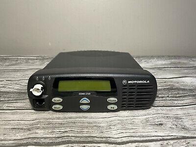 Motorola Cdm1250 Vhf 136-174mhz 45w 64 Channel Two-way Radio Aam25kkd9aa2an