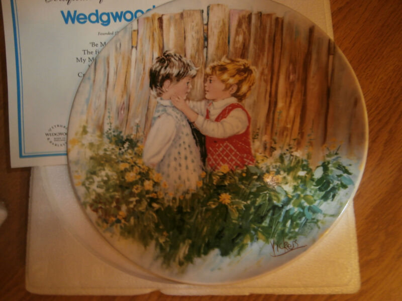 """WEDGEWOOD Collector Plate Mary Vickers """"Be My Friend"""""""
