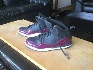 Girl's Air Jordan Basketball Shoes Sz 3Y