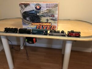 Train, Lionel, Train Set and table, asking $500 obo