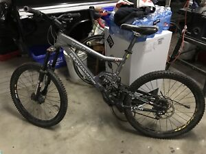 2006 Rocky Mountain Slayer, great shape. Upgraded components