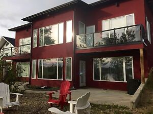 Modern lakefront house for sale 1hr from Saskatoon