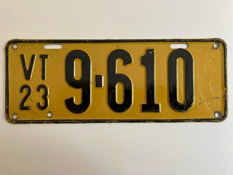 """1923 Vermont License Plate """"VERY GOOD"""" Condition All Original Paint"""