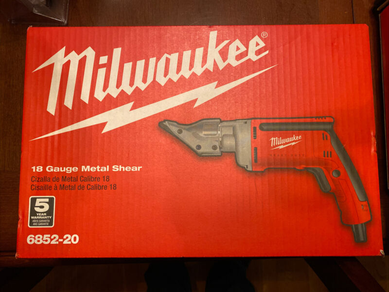Milwaukee 685220 18-Gauge Shear
