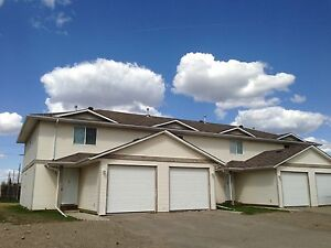 IDEALLY LOCATED TOWNHOMES FOR RENT