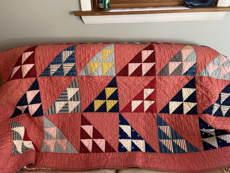 """Vintage Triangle Hand Quilted Quilt Bedroom Decor 62"""" x 80"""""""