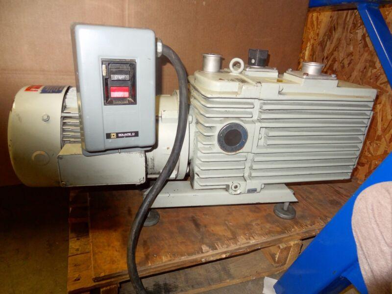 LEYBOLD D90AC VACUUM PUMP W/ GE 5K182FX20491C MOTOR 3 HP, 1765 RPM, 60 HZ