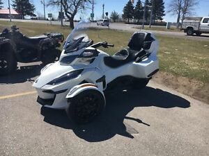 2018 Can-Am Spyder RT Limited Dark - ONLY 25 KMS!!!