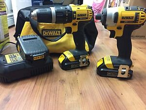 Kit DeWalt drill 20v 3 batterie impact et perceuse
