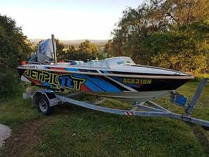 Swift Craft Savage boat with brand new vinyl wrap Naremburn Willoughby Area Preview
