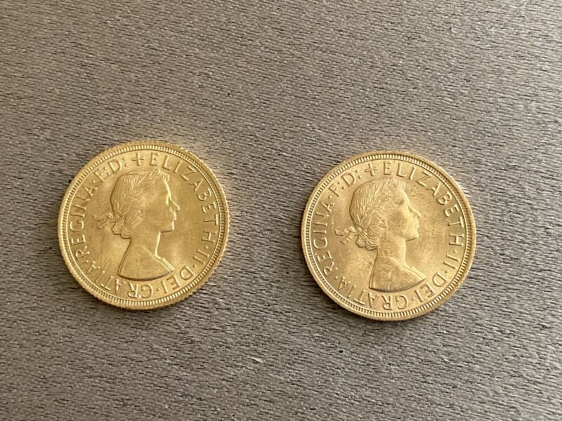 1957 and 1958 Two Great Britain Elizabeth II Sovereign Gold Coins Uncirculated