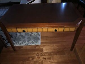 Wooden desk good condition