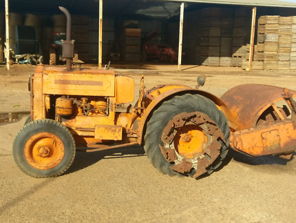 Howard dh22 tractor