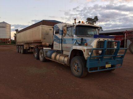 Ford prime mover and higate triaxle aluminium trailer  Temora Temora Area Preview