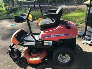 URGENT SALE Ride on lawn mower Kellyville The Hills District Preview