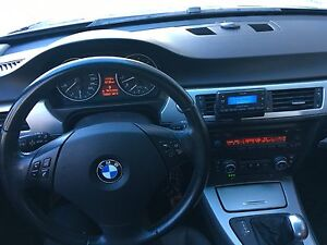 Very Well Maintained 2007 328i Black on Black BMW with Sunroof  Cambridge Kitchener Area image 3