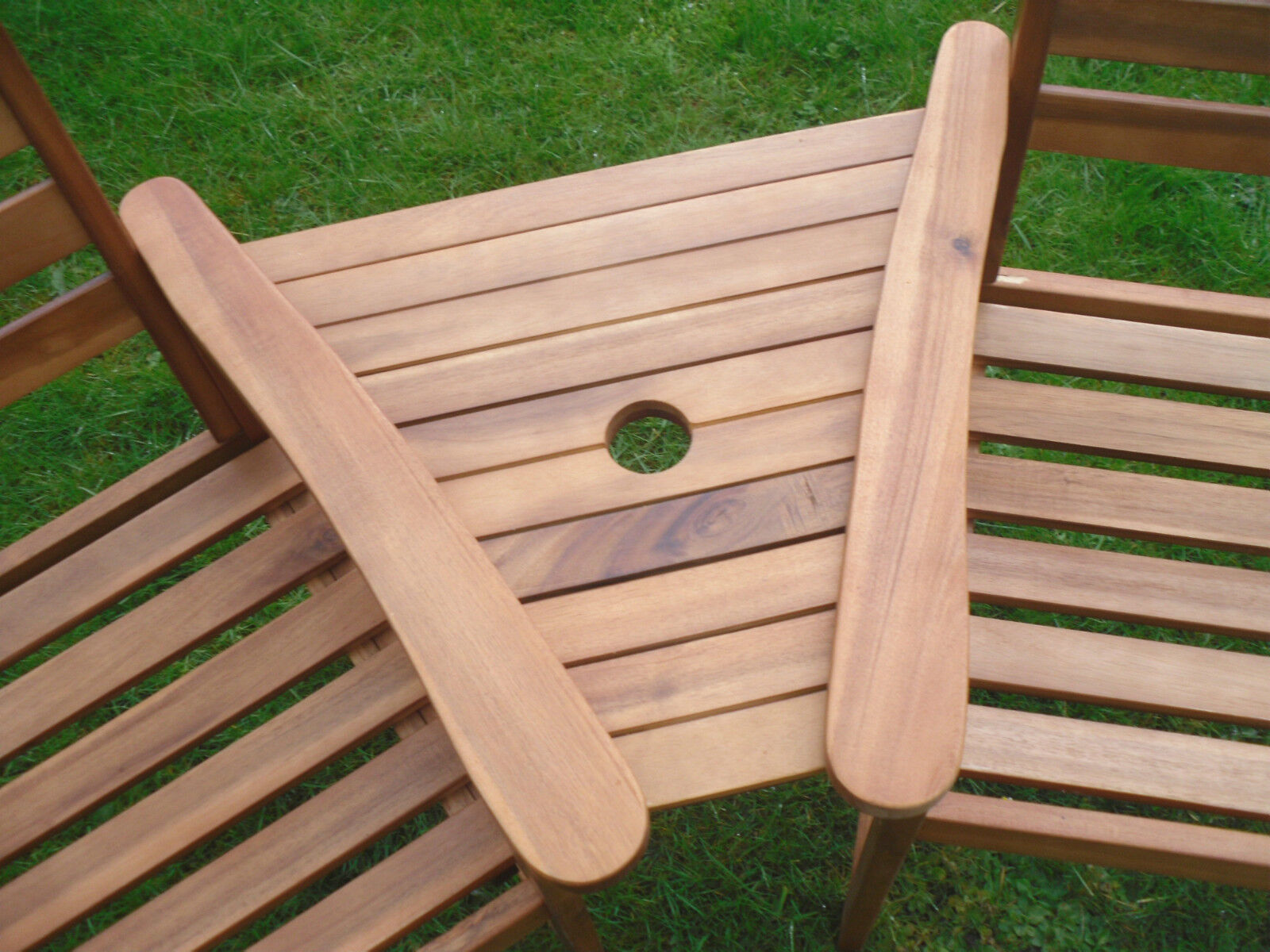 Set Hardwood Garden Bench Corner Love Seat Jack And Jill 4 • £79.94. Full resolution‎  photo, nominally Width 1600 Height 1200 pixels, photo with #3A6423.