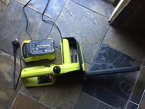 AS NEW - RYOBI CORDLESS CHAINSAW AND 18V ONE+  BATTERY KIT North Turramurra Ku-ring-gai Area Preview