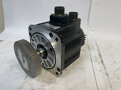 Yaskawa Ac Servo Motor Sgmgh-05asabs 450 W 3.8 A 1500 Rpm 30 Days Warranty