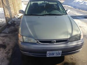 1998 Toyota Corolla sedan etested  1000$ obo