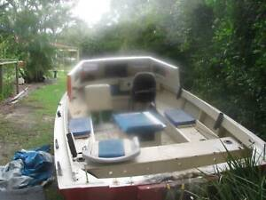 fishing boat 17 feet solid had inboard and outboard motor | Other