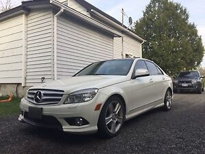 2009 mercedes C300 4matic  (awd)