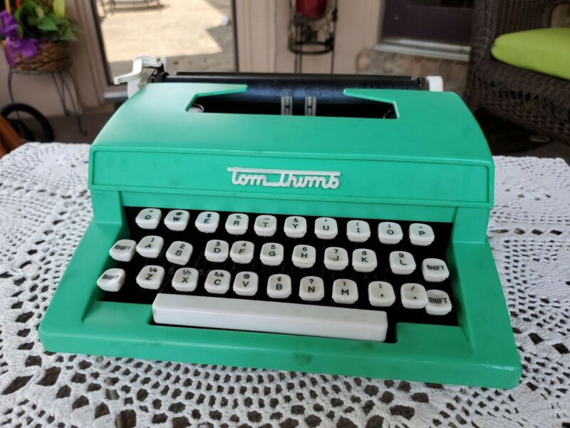 Vintage Green Tom Thumb Manual Child