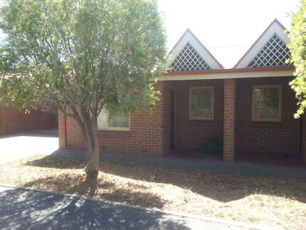 2 BR - 5 km to City Renown Park Charles Sturt Area Preview