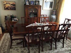 Chippendale dinning table with chairs.