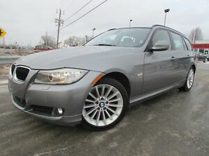 2011 BMW 328 i xDrive Touring NAVIGATION TOIT PANO BLUETOOTH!!!